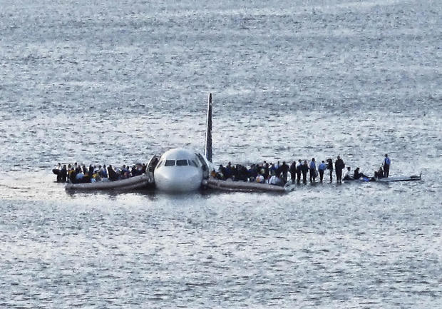 plane landed in water